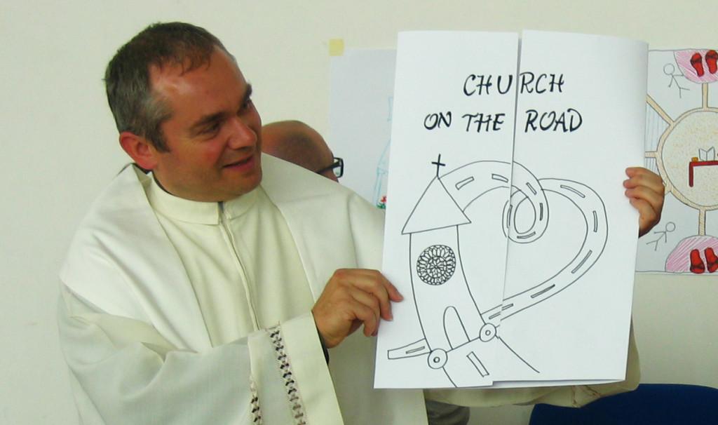 """Giovani """"On the road (again)"""" per una Chiesa che percorra le strade del mondo"""