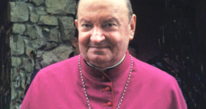 L'ultimo saluto al Vescovo emerito mons. Nonis