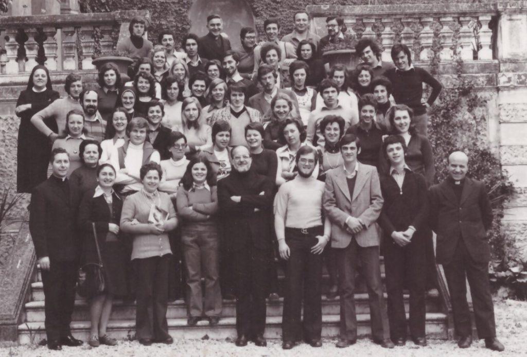 Don Giulio Perini foto 1974 aprile corso esercizi educatori ACR